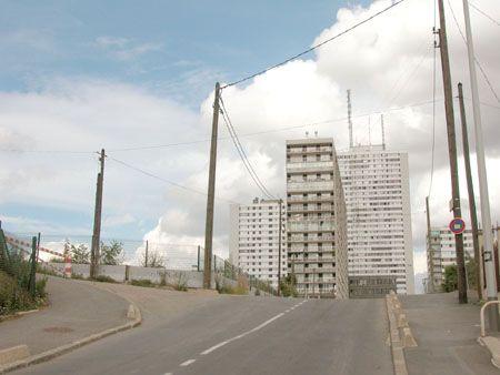 http://www.banlieuedeparis.org/images/i2004/i040622a/images/DSCN0966.jpg