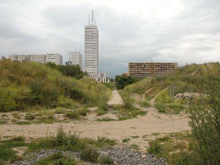 http://www.banlieuedeparis.org/images/i2004/i040622a/images/DSCN1002.jpg